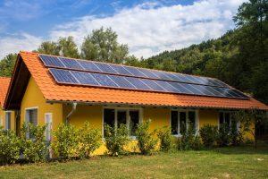"""Heidelberg – Vortrag """"Solarstrom selbst erzeugen und speichern""""- Energie vom Dach für Immobilienbesitzer"""