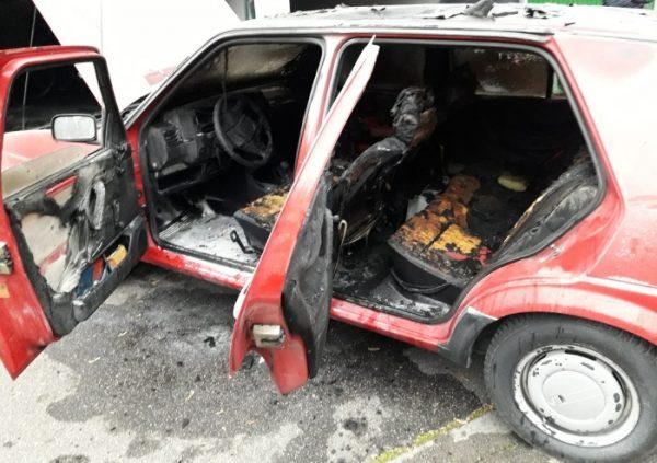 Frankenthal – Feuerwehr Frankenthal: Brennender PKW in Garage – Verkehrsunfall #B9