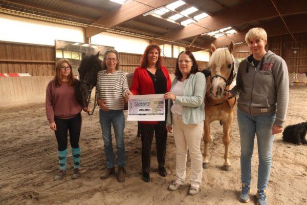 Ludwigshafen – DIE LINKE: Spende an den Reiterhof der Kinderhilfe