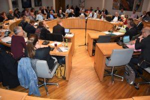 """Landau – 46 Sitzungen, rund 1.300 Tagesordnungspunkte und 334 Anträge und Anfragen: Letzte Sitzung des """"alten"""" Landauer Stadtrats"""