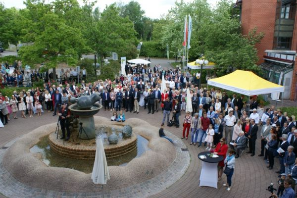 Landau – Landkreis feiert seinen 50. – Viele Besucherinnen und Besucher nehmen an den Jubiläumsfeierlichkeiten teil