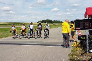 Walldürn – Zweirad-Rennen statt Flugzeugstarts – Johannes-Diakonie beteiligte sich an Special-Olympics-Radsporttag auf dem Flugplatz Walldürn