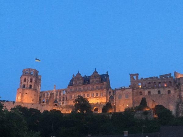 Heidelberg – Jenseits von Südafrika! Der 5. Heidelberger Sommerzauber im Schlosshof huldigt kulinarisch dem kontrastreichsten Land Afrikas!