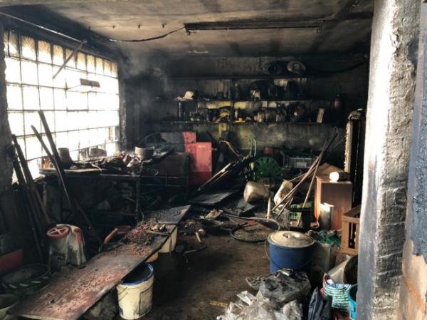 Hatzenbühl – Werkstattbrand in einer Scheune