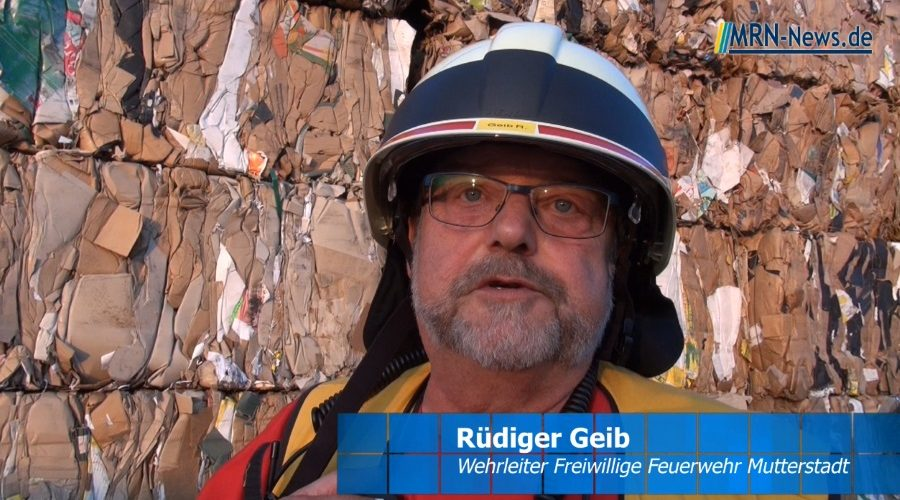 Rhein-Pfalz-Kreis – VIDEO-NACHTRAG – Brand bei Recyclingfirma in Mutterstadt