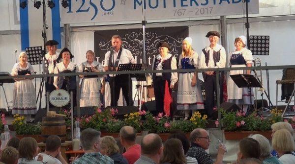 Mutterstadt – Mutterstadt feiert Kerwe – Spaß und Freude für Jung und Alt im Festzelt und am Rathausbrunnen