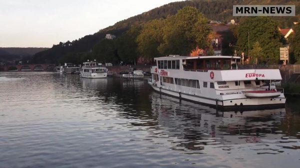 Heidelberg – Wirtschaft am Fluss: Start des neuen Formats für Unternehmer – Oberbürgermeister Prof. Dr. Eckart Würzner und Wirtschaftsförderer Marc Massoth luden zum Austausch auf dem Schiff