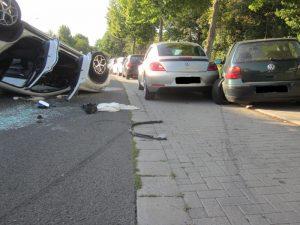 Worms – Auto überschlägt sich – Fahrer wird schwer verletzt