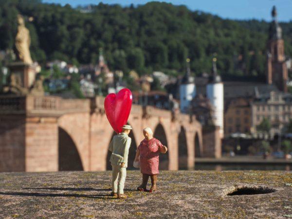 """Heidelberg – """"Heidelzwerg"""" und """"Germini"""": Miniat(o)uren in Heidelberg und anderswo – Fotoausstellung von Susanne Ochs"""