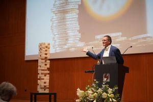 """Ludwigshafen – 9. Finanzgespräche an der Hochschule für Wirtschaft und Gesellschaft Ludwigshafen: """"Konstruktive Crashgedanken – Fakten, Szenarien und Wohlfühlstrategien"""""""