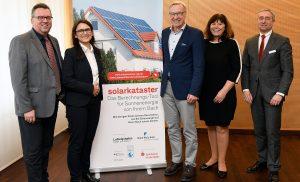 Ludwigshafen – Solarkataster 2.0 in der Sparkasse Vorderpfalz vorgestellt – Hausbesitzer können die Wirtschaftlichkeit einer eigenen Solaranlage einfach berechnen  (Video)
