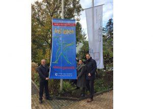 Südliche Weinstraße – Ein Zeichen gegen häusliche Gewalt an Frauen: Zum Gedenktag 25. November hissen Landrat und Bürgermeister die Fahnen