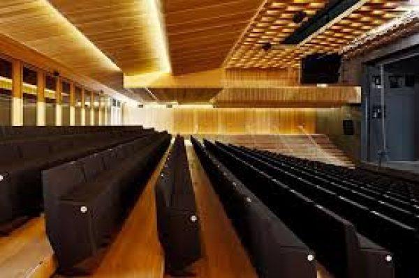 """Heidelberg – Das Theater und Orchesters Heidelberg lädt zur Premiere am 21. Dezember: Holger Schultze inszeniert """"Der Gott des Gemetzels"""" von Yasmina Reza"""