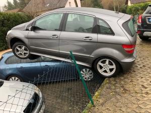 Landau – Wiesengäßchen – Verkehrsunfall nach missglücktem Wendevorgang