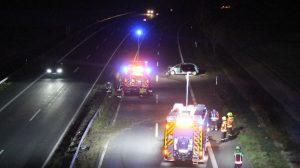 Ludwigshafen – Polizeiautobahnstation Ruchheim – Unbekannter Fahrer flüchtet nach Alleinunfall B9