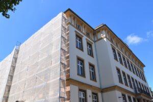 Landau – Trotz Corona-Krise: Ferienzeit ist Bauzeit – Städtisches Gebäudemanagement saniert und modernisiert Landauer Schulen für rund 4,6 Millionen Euro!