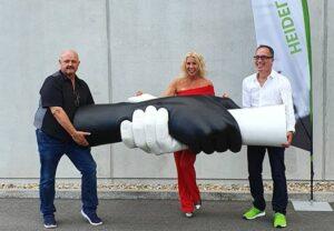 """Heidelberg – """"Gemeinsam Bewegen""""-Skulptur verkörpert Wir-Gefühl! Heidelberg iT präsentiert 25 Jahre """"CLAUDIA BIAS Creation & Produktion"""""""