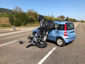 Gleisweiler – Schwerverletzter Motorradfahrer nach Vorfahrtsunfall