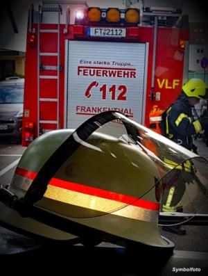 Frankenthal – Brand eines Nebengebäudes im Hinterhof