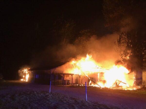 Ludwigshafen – NACHTRAG: Brand eines Vereinsheimes
