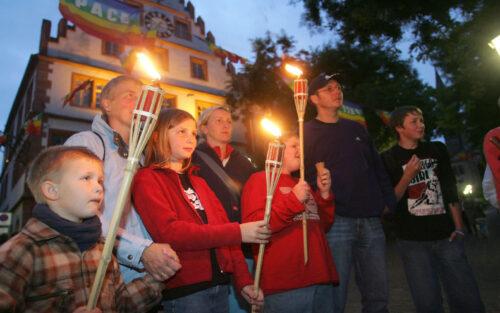 Weinheim – Im Fackelschein durch die Altstadt! Beliebte Abendführung in Weinheim mit Franz Piva  am Freitag, 23. Oktober, im Licht der Burgen