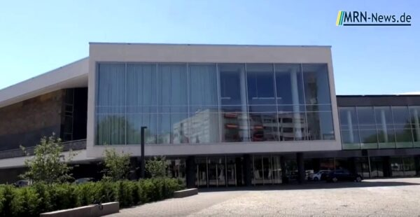 Ludwigshafen – Corona -Pandemie – Theater im Pfalzbau stellt Spielbetrieb ein