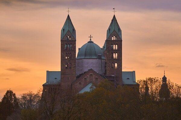 """Neustadt/Speyer – Bistum Speyer bietet Ausbildung zum Kirchenführer an! – Zertifizierte Qualifizierung startet mit """"Schnuppertag"""" am 21. November in Neustadt"""