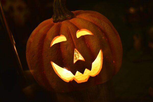 Heidelberg – Halloween: Gesundheitsamt rät ab, in Gruppen von Haus zu Haus zu ziehen oder Partys zu feiern