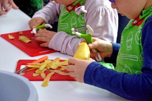"""Mannheim – Nachhaltig für die Zukunft – Kita-Essen mit Herz und Verstand Evangelische Kirche Mannheim startet Projekt """"GeLeNa"""" für nachhaltiges Mittagessen in den Kitas – Start noch dieses Jahr mit acht Pilot-Kitas"""