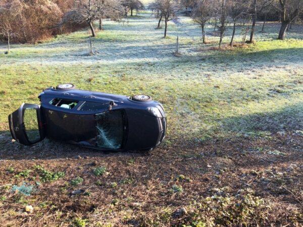 Büchelberg – Autofahrer glücklicherweise nur leicht verletzt