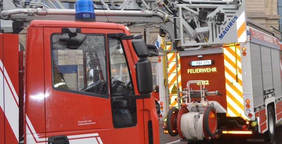 Mannheim – Großeinsatz der Feuerwehr – Brand in einem Wohnkomplex im Caroline-Jagemann-Weg