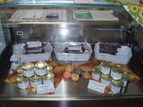 Münchweiler – Frisches Fleisch vom Lamm und Glanrind! Weihnachtsaktion des Hofladens im Hofgut Neumühle