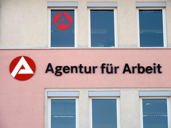 Heidelberg – Arbeitsmarkt am Winteranfang nicht eingefroren – Arbeitslosenquote geht auf 4,6 Prozent zurück