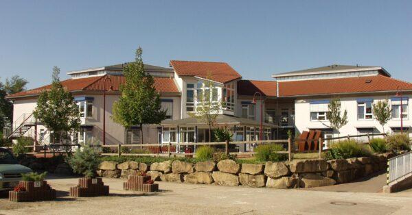 Sinsheim – Lage in GRN-Betreuungszentrum Sinsheim entspannt sich – Zwei Wohnbereiche entisoliert – Besuche wieder möglich