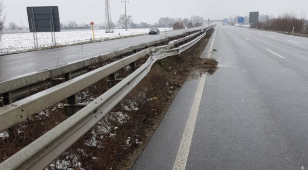 Ludwigshafen – Polizeiautobahnstation Ruchheim – Verkehrsunfallflucht  auf der A65 Anschlussstelle Mutterstadt / Ruchheim – Zeugenaufruf