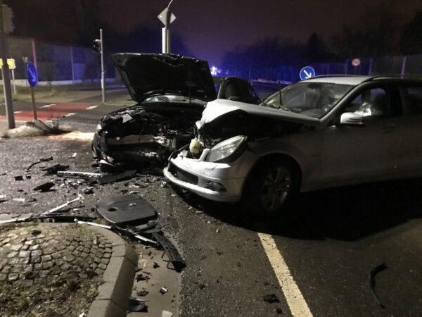 Ludwigshafen – ERSTMELDUNG:  Unfall in Oggersheim