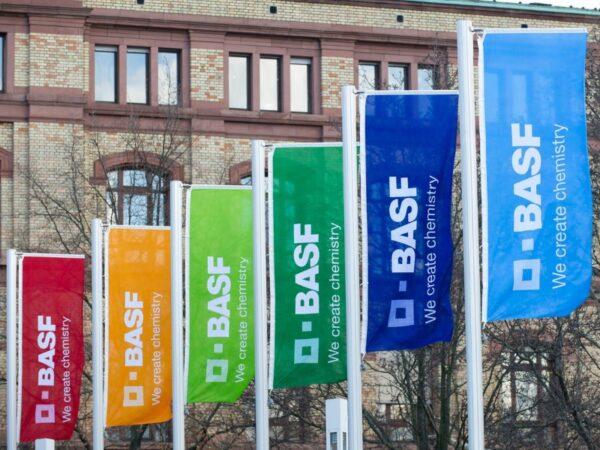 Ludwigshafen – BASF: 150 Kilogramm Methyldiethanolamin in den Rhein gelangt