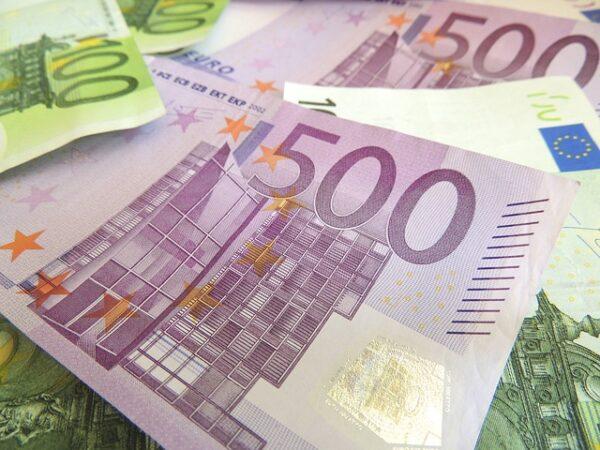 Heidelberg – Hilfe in Corona-Krise: Heidelberger Unternehmer Wolfgang Marguerre spendet eine Million Euro! Unterstützung für Schüler aus Familien mit besonderen Bedarfen – Stärkung der Altstadt