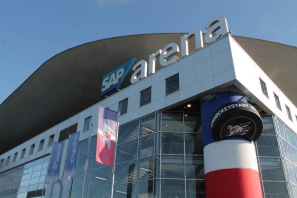 Mannheim – Die Adler Mannheim gewinnen das Auswärtsspiel in Straubing