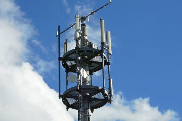 Heppenheim – Die Mobilfunklücken in der Region schließen! Die Wirtschaftsförderung Bergstraße und die Kompetenzstelle Mobilfunk des Landes Hessen luden die Kommunen aus der Wirtschaftsregion Bergstraße zu einer digitalen Informationsveranstaltung – Mobilfunkförderprogramm des Landes gestartet!