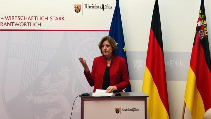 Frankenthal – Mainz – Ministerpräsidentin Malu Dreyer: Perspektivplan Rheinland-Pfalz und Bündnis für sicheres Öffnen schaffen Hoffnung für Maifeiertage und Pfingstferien