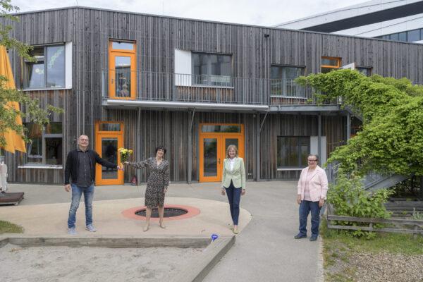 Heidelberg –  Kita-Fachkräfte beweisen in der Pandemie Engagement und Kreativität! Dank von Bürgermeisterin Jansen zum Tag der Kinderbetreuung – Selbsttest-Angebot für Kita-Kinder gestartet