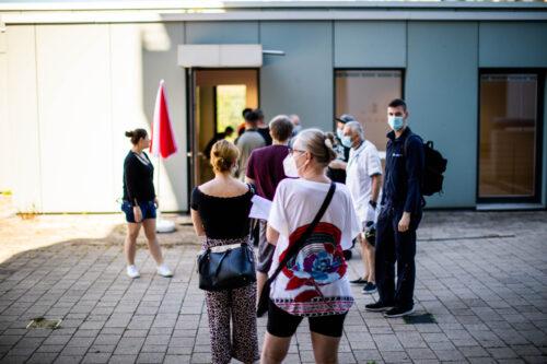 Heidelberg – Impfaktion Emmertsgrund: Ab Donnerstag offen für Menschen aus allen Heidelberger Stadtteilen! Impfstoff von Johnson & Johnson – Für Männer ab 18 und Frauen ab 40 Jahren – Ohne Anmeldung!