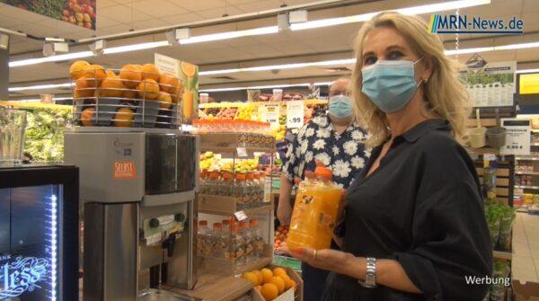 Ludwigshafen –  EDEKA Krech verwöhnt seine Kunden mit frisch gepresstem Orangensaft – Video