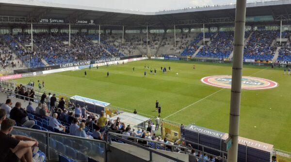 Mannheim – Trotz bester Stimmung im Carl-Benz-Stadion – Waldhof tut sich zum Auftakt schwer und unterliegt gegen Magdeburg