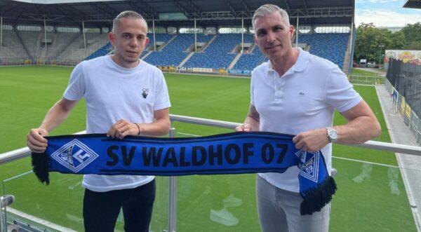 Mannheim / Straßburg – Fußball 3. Liga – SV Waldhof Mannheim 07 verpflichtet Adrien Lebeau von Racing Straßburg