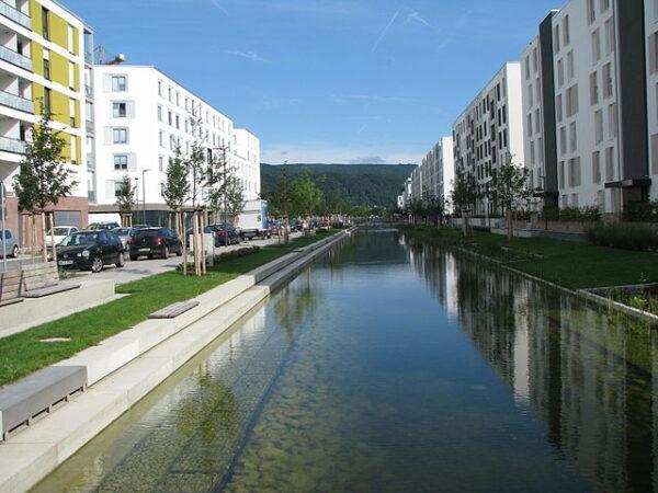Heidelberg – Bahnstadt: Wasserbecken-Umbau wird erneut ausgeschrieben