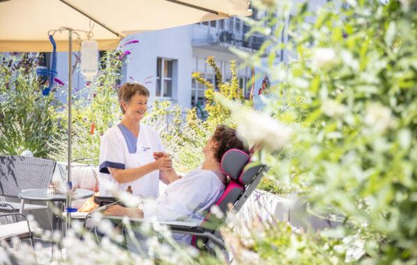 Schwetzingen – Fünf Jahre Unterstützung für unheilbar kranke Patienten –  Verein zur Förderung der Palliativversorgung an der GRN-Klinik Schwetzingen e. V. unterstützt mehrere Projekte – Mitglieder und Gönner gesucht