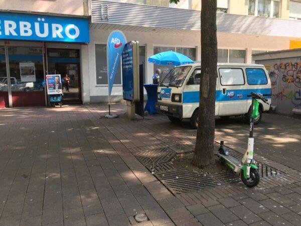 Ludwigshafen – Parteibüro mit Farbbeuteln beschmiert – Zeugen gesucht