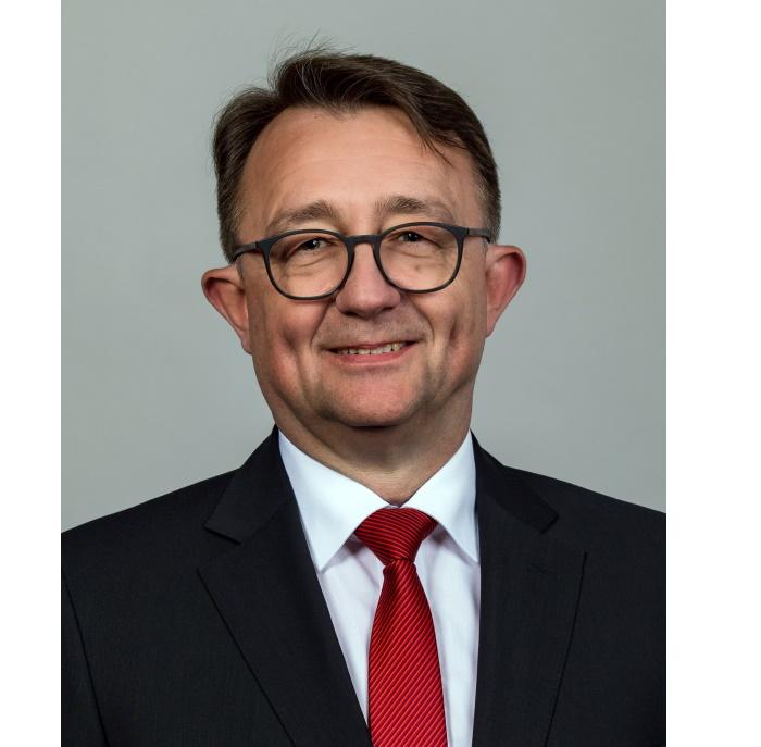 Ludwigshafen –  Sparkasse Vorderpfalz: Wohneigentum möglich machen: Eigenkapital-Hürde mit Ausdauer meistern